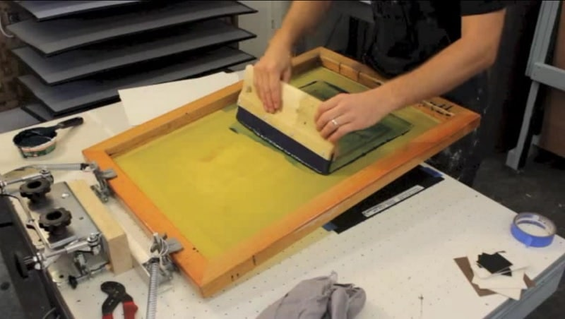Técnica de serigrafía con pantalla